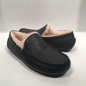 Ugg Men's Leather Sheepskin Ascot Slipper